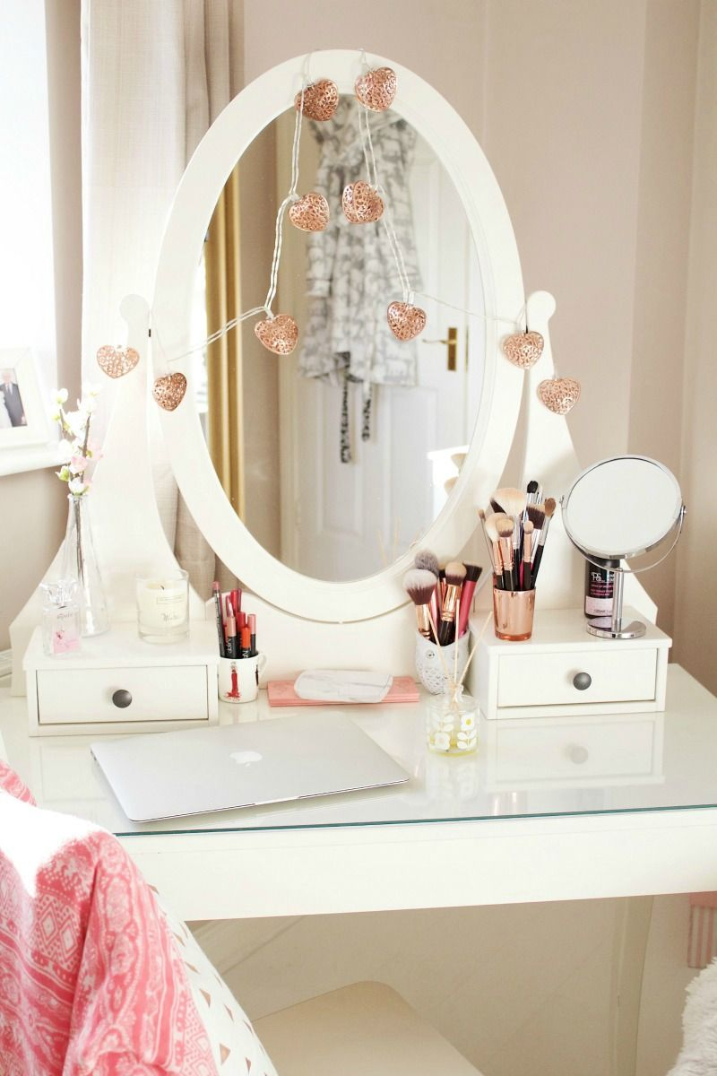 How To Style The Ikea Hemnes Vanity Table Deco Chambre Coconing Deco Chambre Decoration Chambre