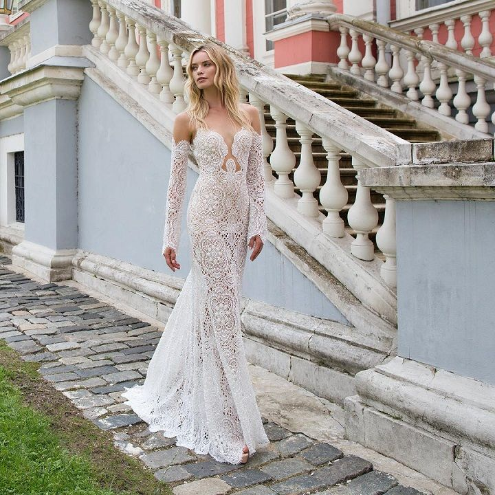 Beautiful, Sexy Plunging Neckline Wedding Dress | Deep v neck wedding dress | fabmood.com #weddingdress #weddingdresses #weddinggown #bride #bridegown #bridaldress #wedding