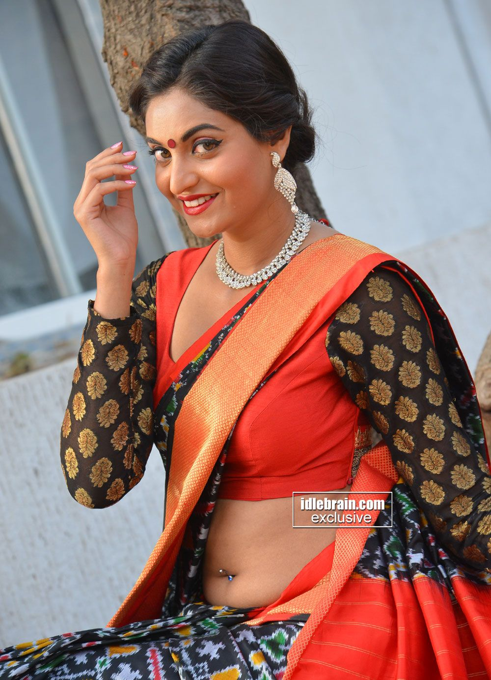 a good collections of images at one place idlebrain actress hot photos spicy pics telugu telugu movies movie gallery films saree actresses hottest photos pinterest