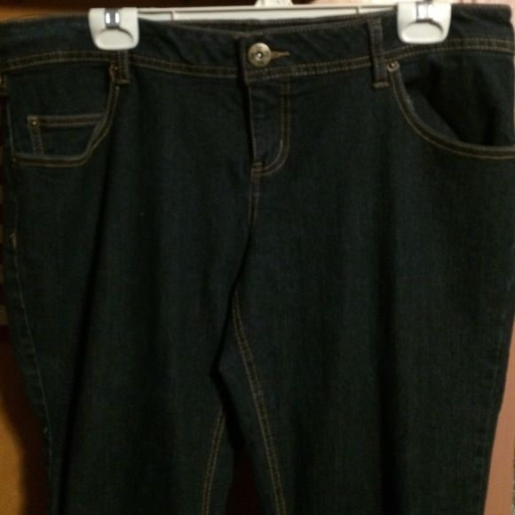 Jeans SO jeans. Plus size Juniors size 17 never worn SO Jeans Skinny