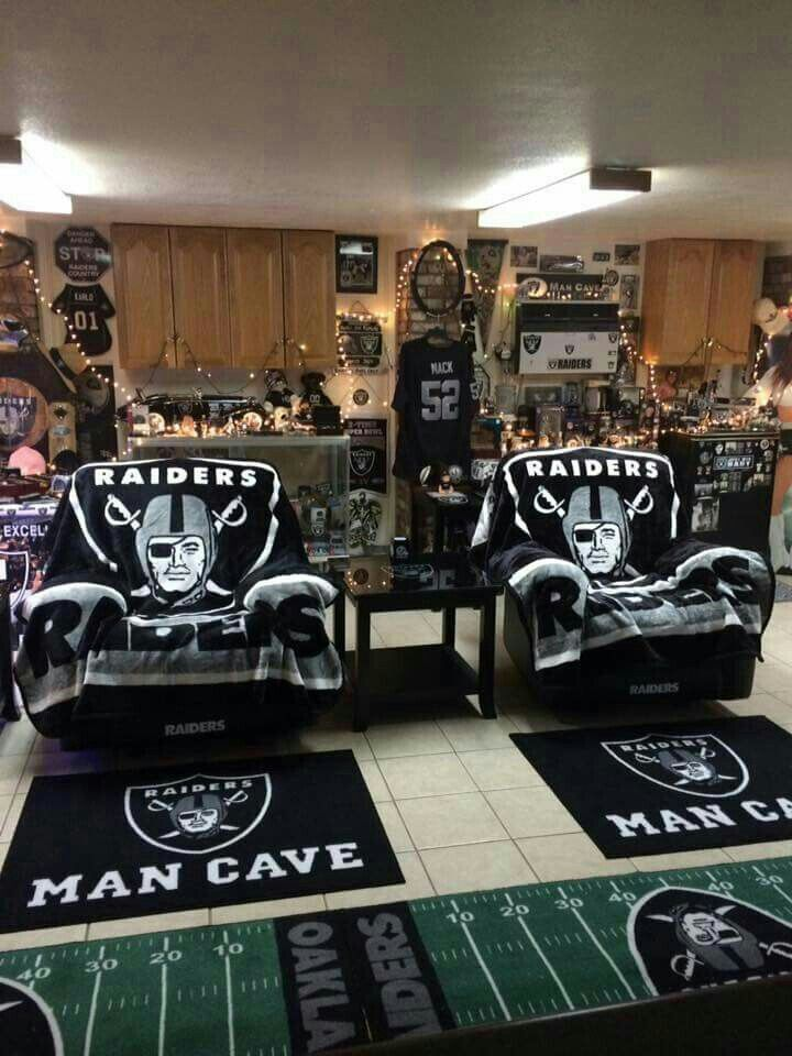 Pin By Mike Rodriguez On Raider Nation Fo Life Nfl Raiders Oakland Raiders Fans Oakland