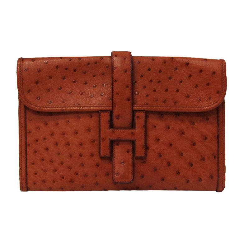 If you can have only one clutch bag this is it - Hermes Jige Ostrich Clutch f1f00bd5e62