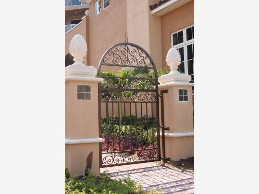 Wrought Iron Gate - Home and Garden Design Ideas   Fencing and Gates ...
