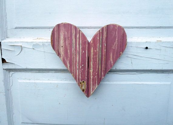 Pink Heart Recycled Wood Wooden Wall Rustic Chippy Paint