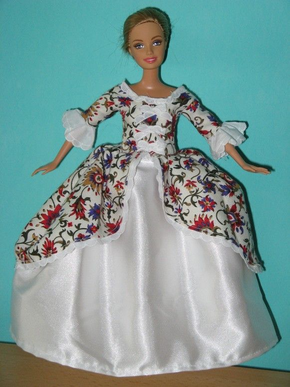 Madame de Pompadour - several free patterns for Barbie doll clothes ...