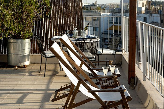 www.remake-diakosmisi.gr  relax in the center of Athens