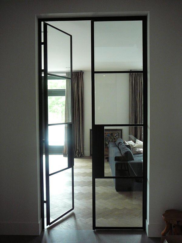 Stalen kozijnen van binnen buiten pinterest deuren stalen deuren en glazen deuren - Glazen ingang ...