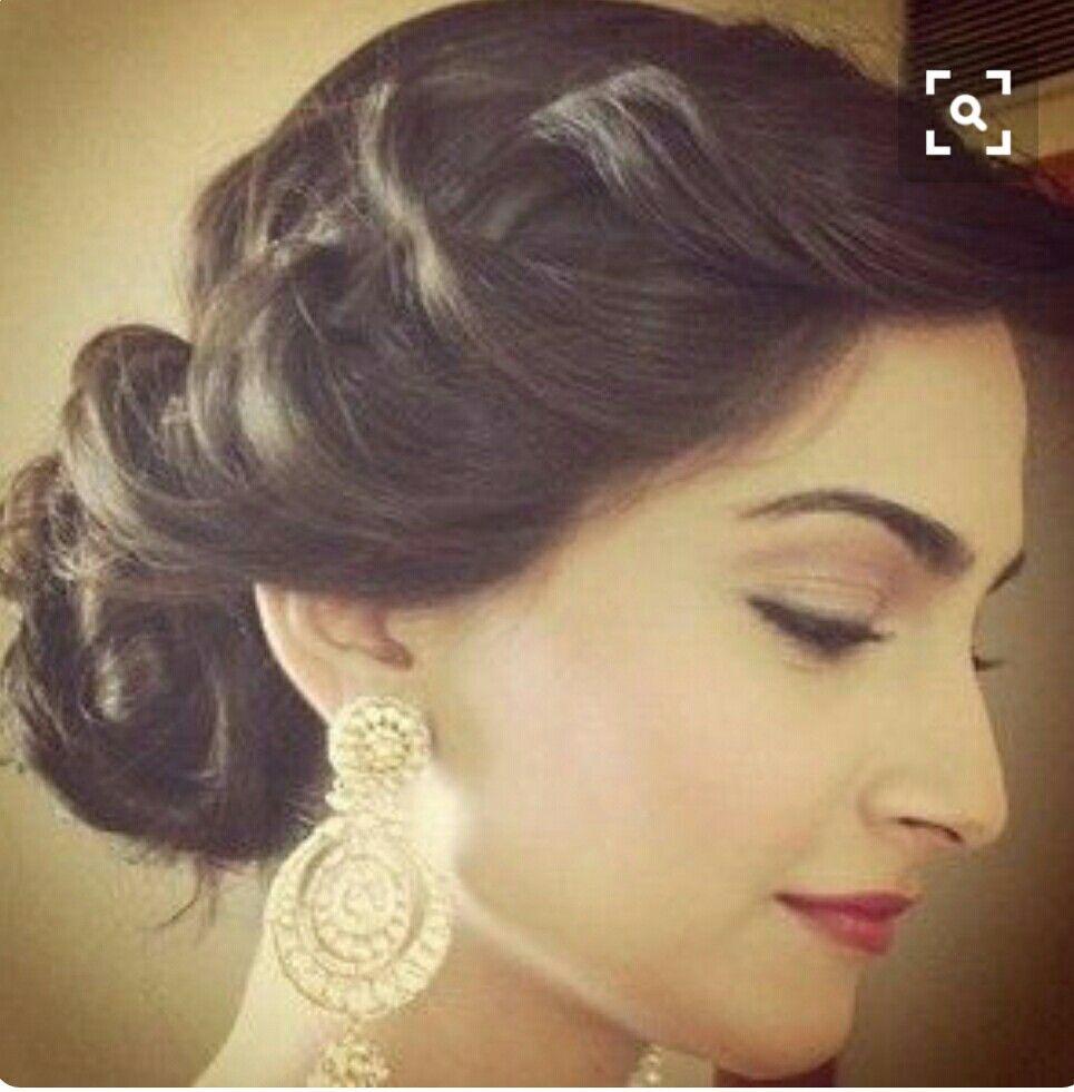 Pin By Meera On Wedding Indian Wedding Hairstyles Braided Hairstyles For Wedding Indian Bridal Hairstyles