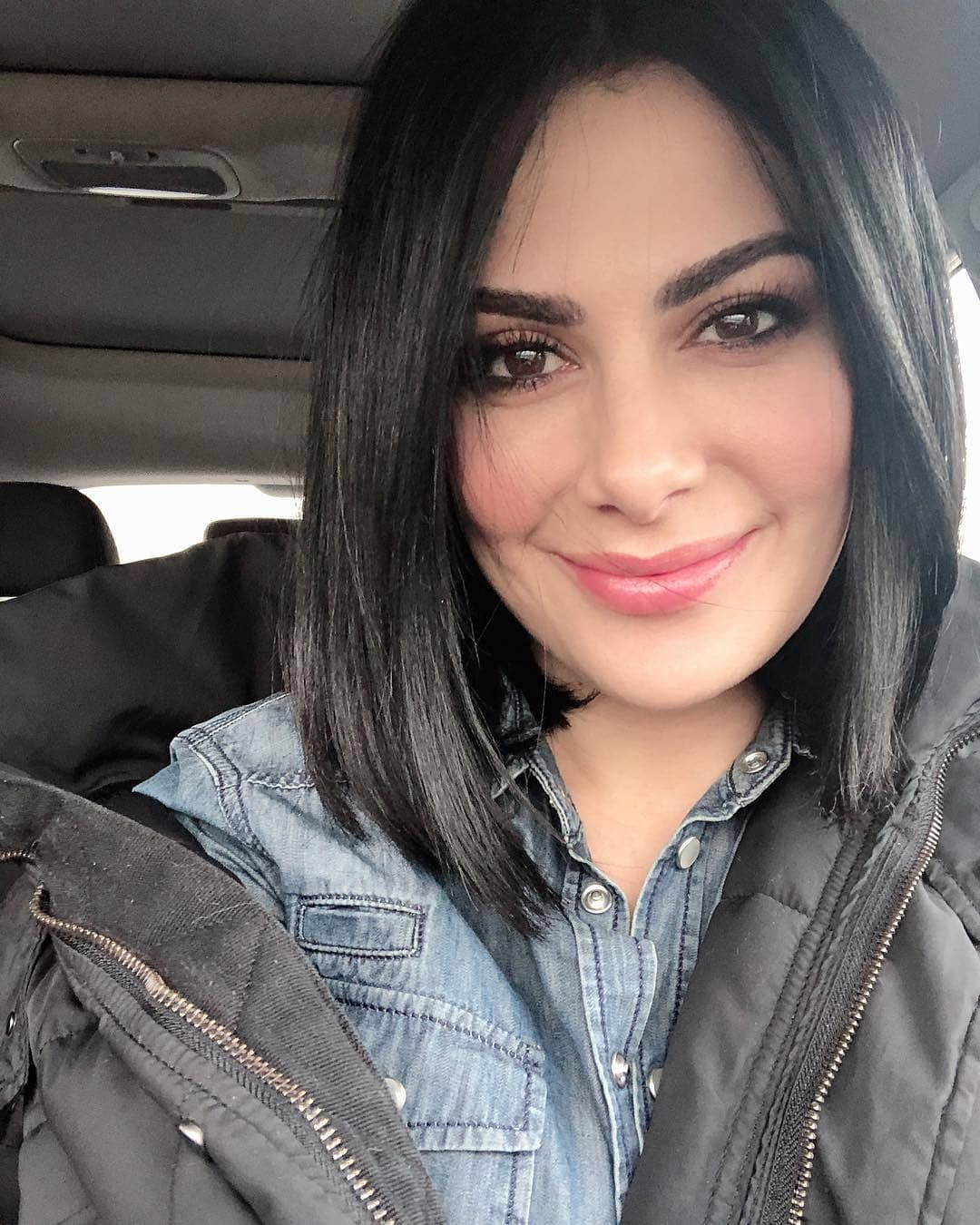 صبا مبارك صبا مبارك السيوف ميلادها في 10 أبريل 1976 عمرها 42 سنة ولدت في السعودية ويعود أصلها إلى بلدة عنجرة في محافظة عجلون ش Belinda Peregrin Belinda