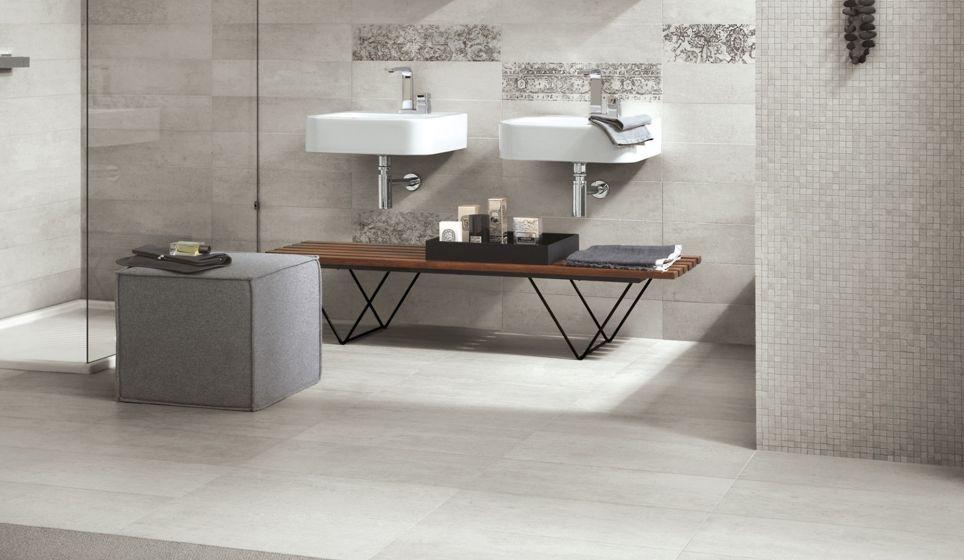 Moderne badkamer met grijze tinten en een mozaïek tegelwand