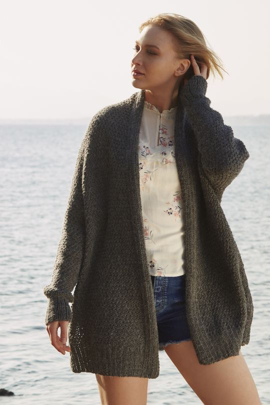 6fb901dd9 Free Knitting Pattern for an Oversized Relaxed Cardigan