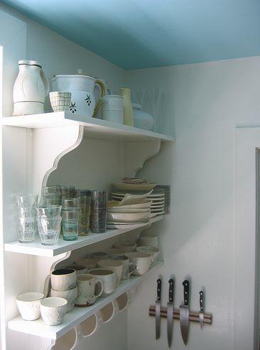 estantes para la cocina