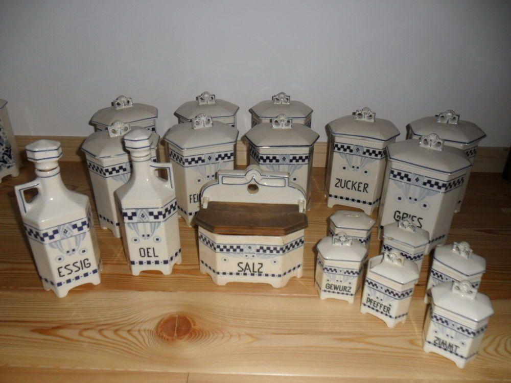 LUISE / Jugendstil Dekor: Alte Küchengarnitur