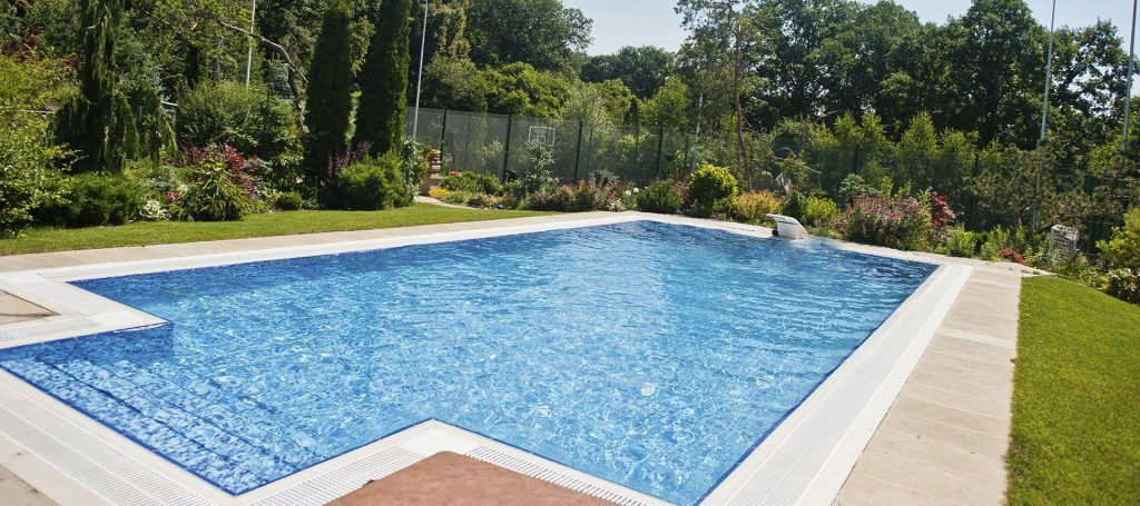 Have a leaky pool hire a leak detection company near fort