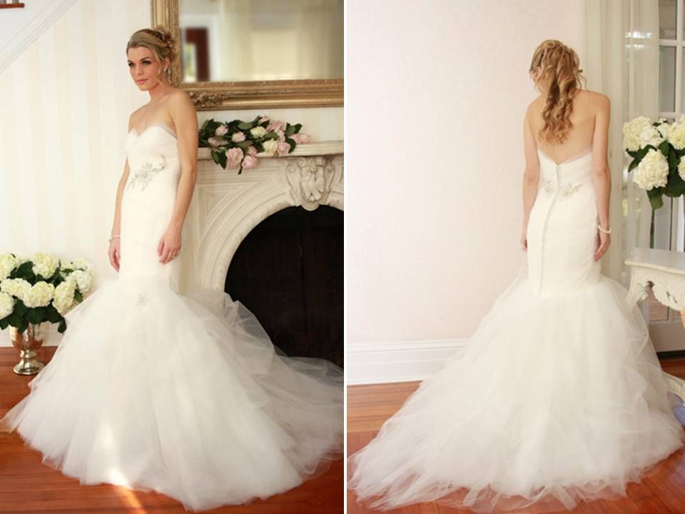 Lace mermaid wedding dress with tulle