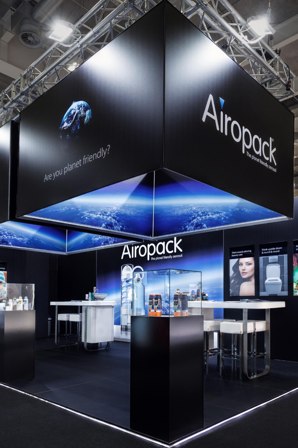 Exhibition Stand At Cosmoprof in Bologna #exhibitionstand #standbouw #beursstand #exhibitiondesign #standdesign #airopack #tradefair #tradeshow #booth #boothdesign #expo #showroom #experiencecenter #design #stand #beurs