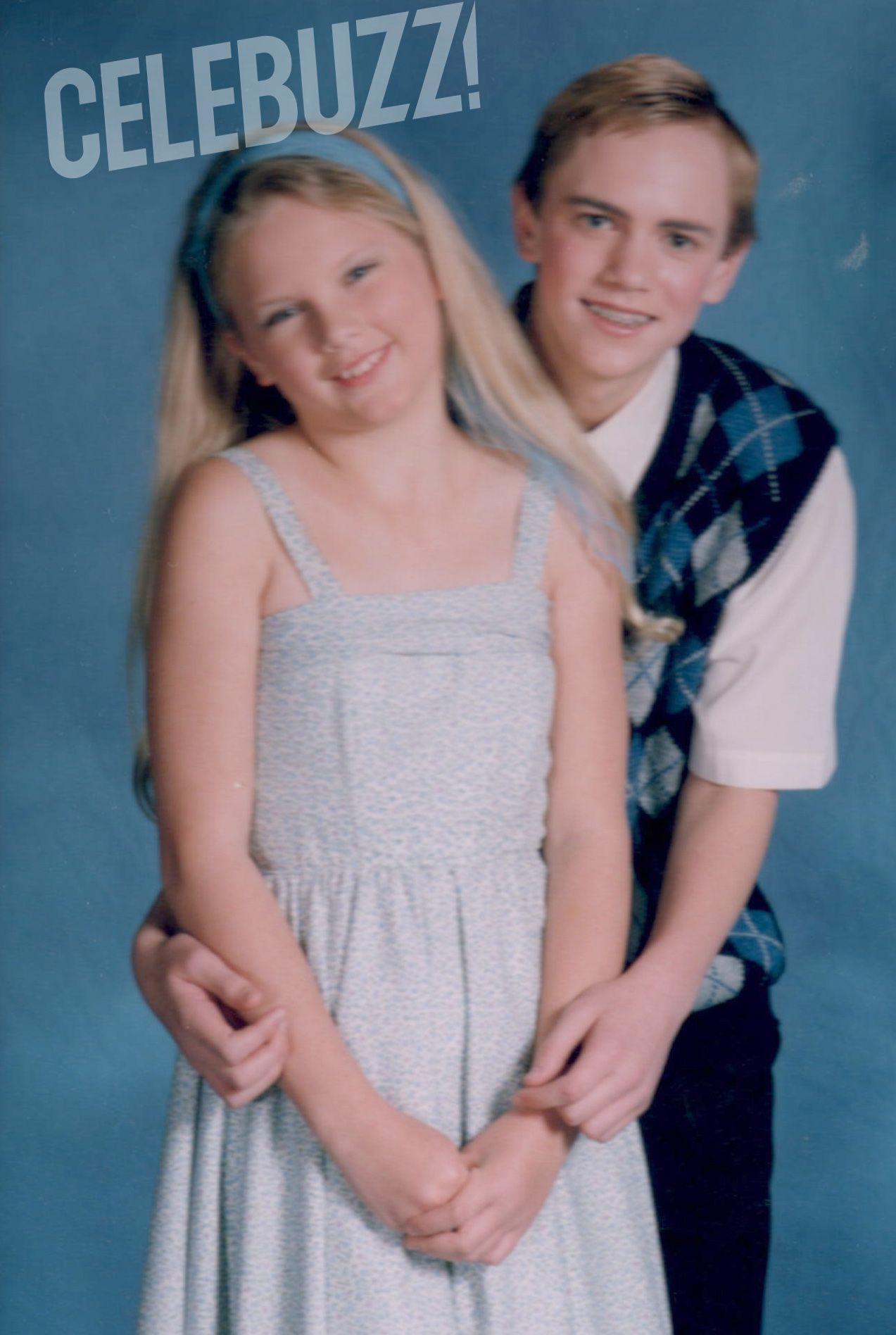 Omg Awkward Middle School Taylor Taylor Swift Childhood Young Taylor Swift Taylor Swift Pictures