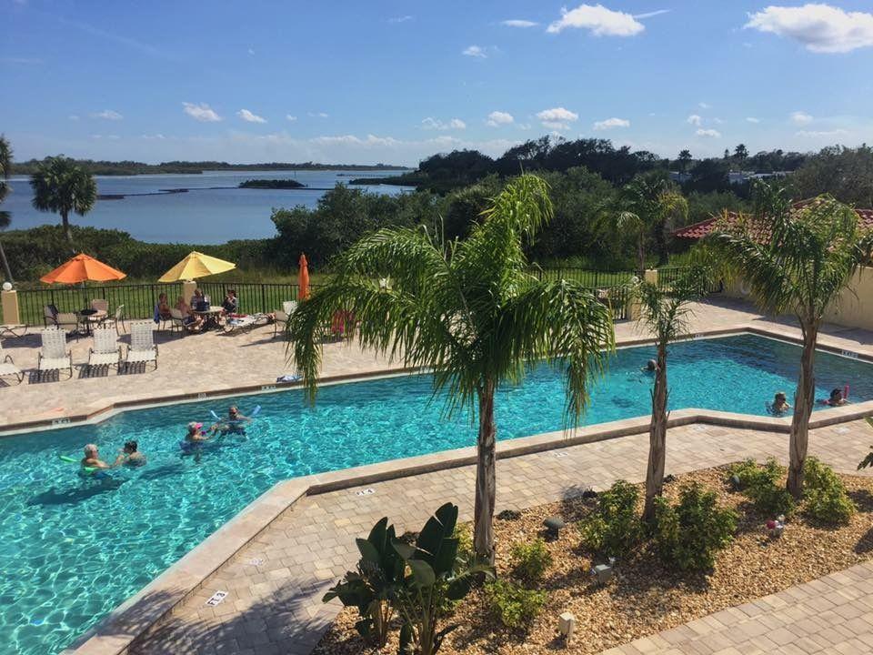 Hacienda Del Rio In Edgewater Fl Via Mhvillage Com Mobile Home Parks Rio Pool Hacienda
