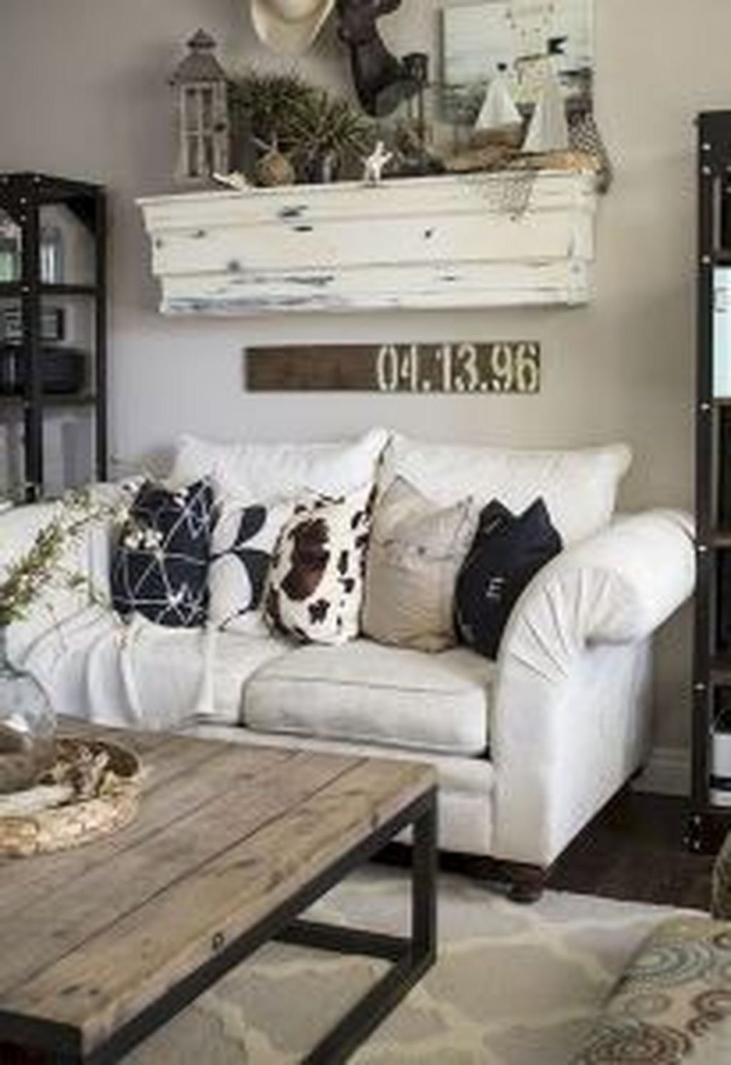 50 Fantastic Farmhouse Living Room Decor Ideas to Try images