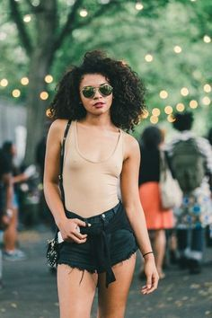 Casual & Cool // More Beauty & Style Inspiration on Racked: (http://ny.racked.com/2014/8/25/7579543/afropunk-festival-2014?utm_content=buffer3afe8&utm_medium=social&utm_source=pinterest&utm_campaign=racked)