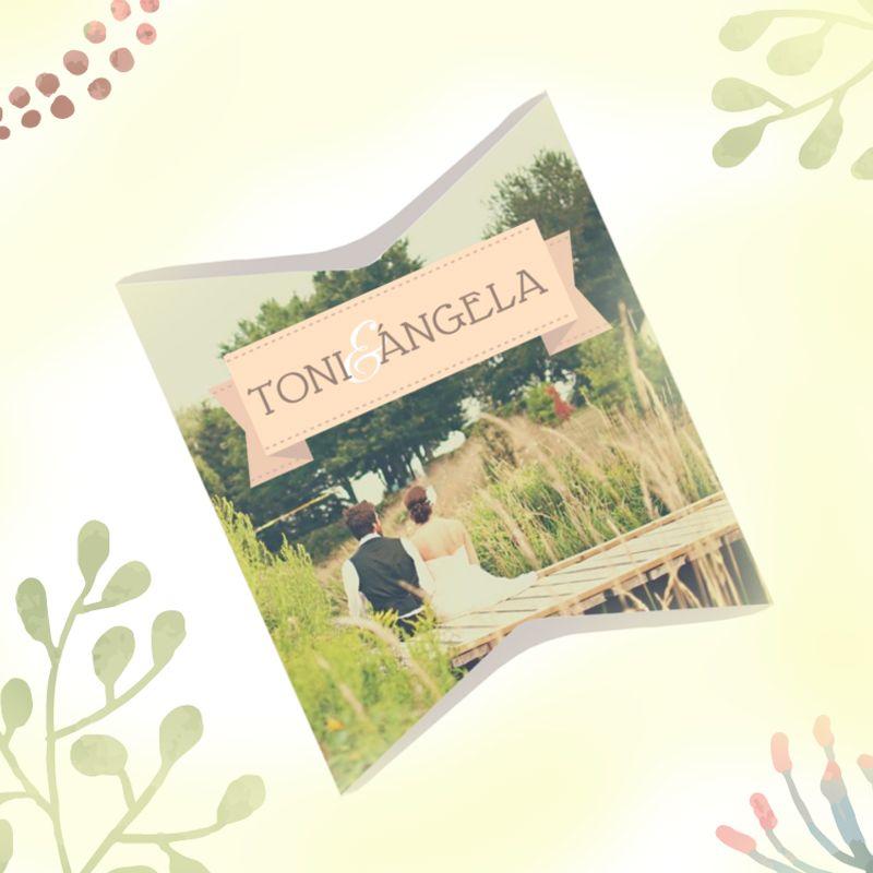 Caja Pillow, también llamada caja petaca o almohada, perfecta para pequeños detalles de boda. Personalizable al 100% con el nombre y fotos de los novios. #bodas #boda #wedding #vintage #packaging #detallesdeboda