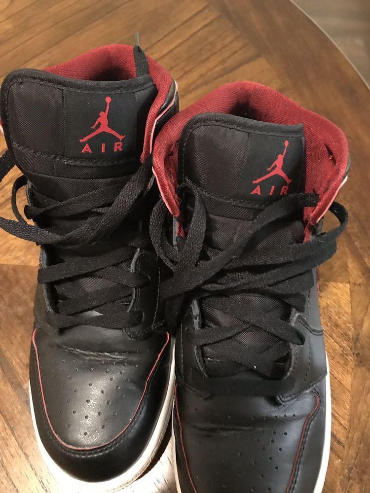 Air Jordan 1 Mid (Kids) SZ 6.5 Youth
