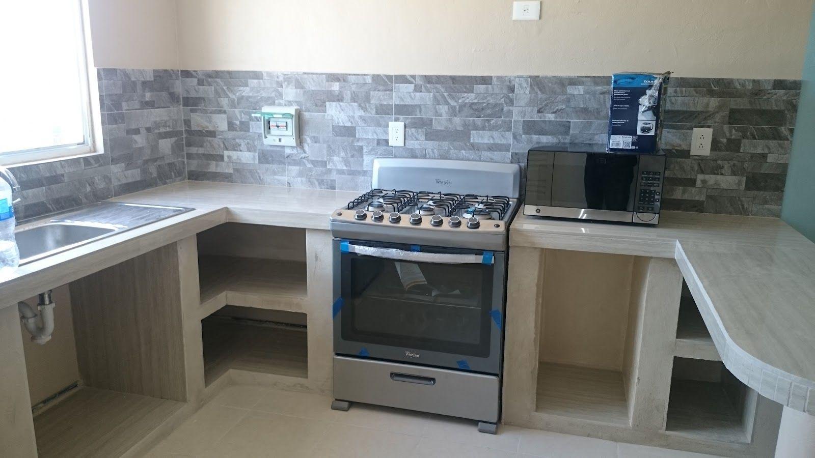 Mr repara cocina en departamento con cubierta y muros de for Cocinas de concreto pequenas