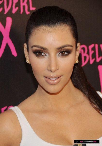 Kim K Reddish Brown Smokey Eye | Kardashian makeup, Kim ...