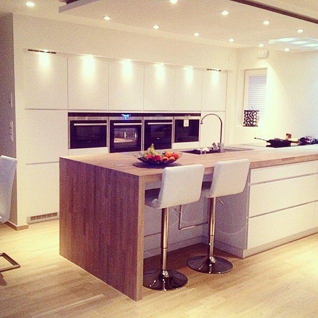 Instagram Post by INTERIOR123 (@interior123) Küchenpaneele - k che mit sitzgelegenheit