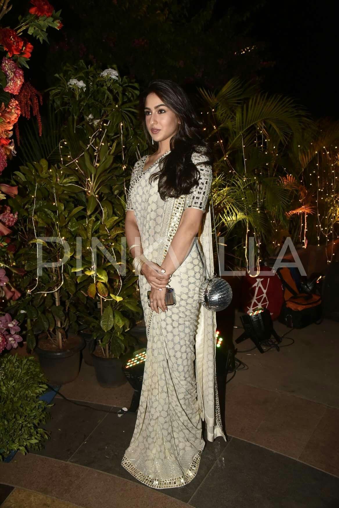 Sara Ali khan | Indian inspirations in 2019 | Saree styles ...Sara Khan In Saree