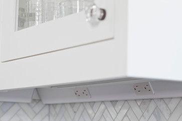 Hidden Outlets For An Uninterrupted Backsplash
