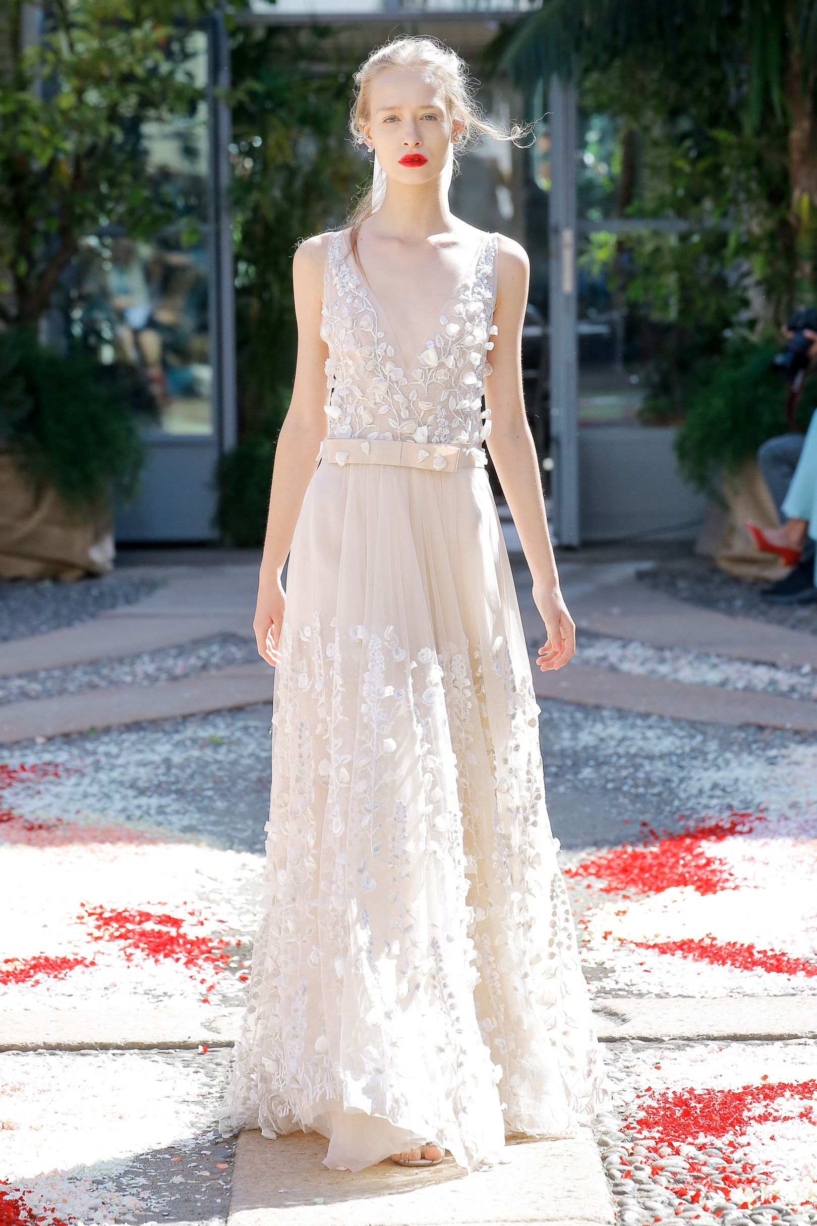 The most awesome alternative wedding dresses for the non-traditional bride The most awesome alternative wedding dresses for the non-traditional bride new pictures