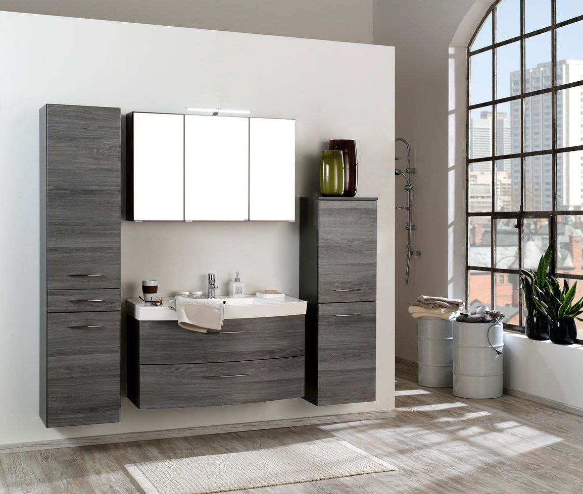 Urban Look Im Badezimmer Die Grau Strukturierten Fronten Des