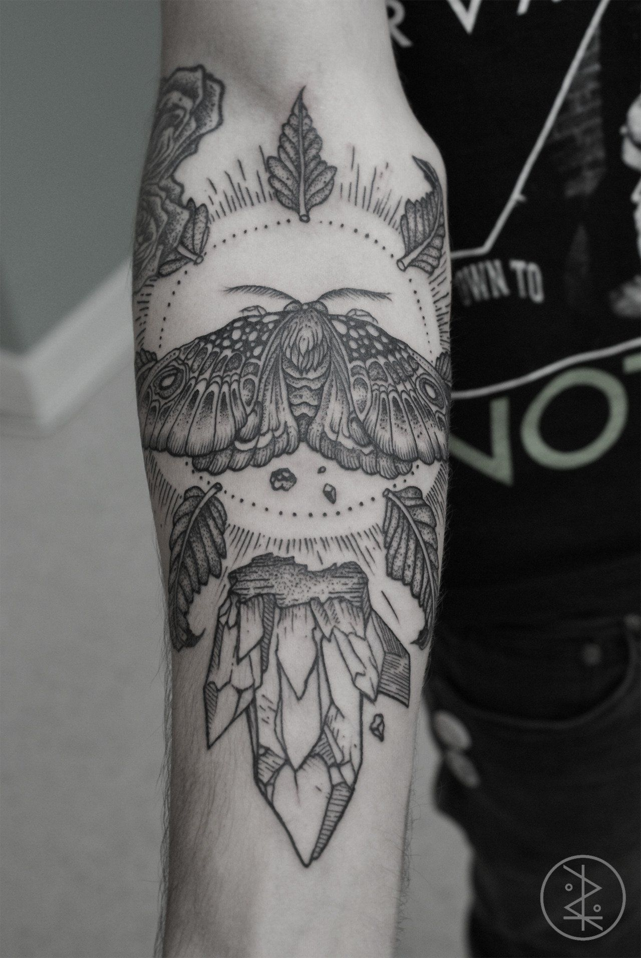 Great cover up tattoo ideas mandala forearm tattoo  google search  bodyartuc  pinterest