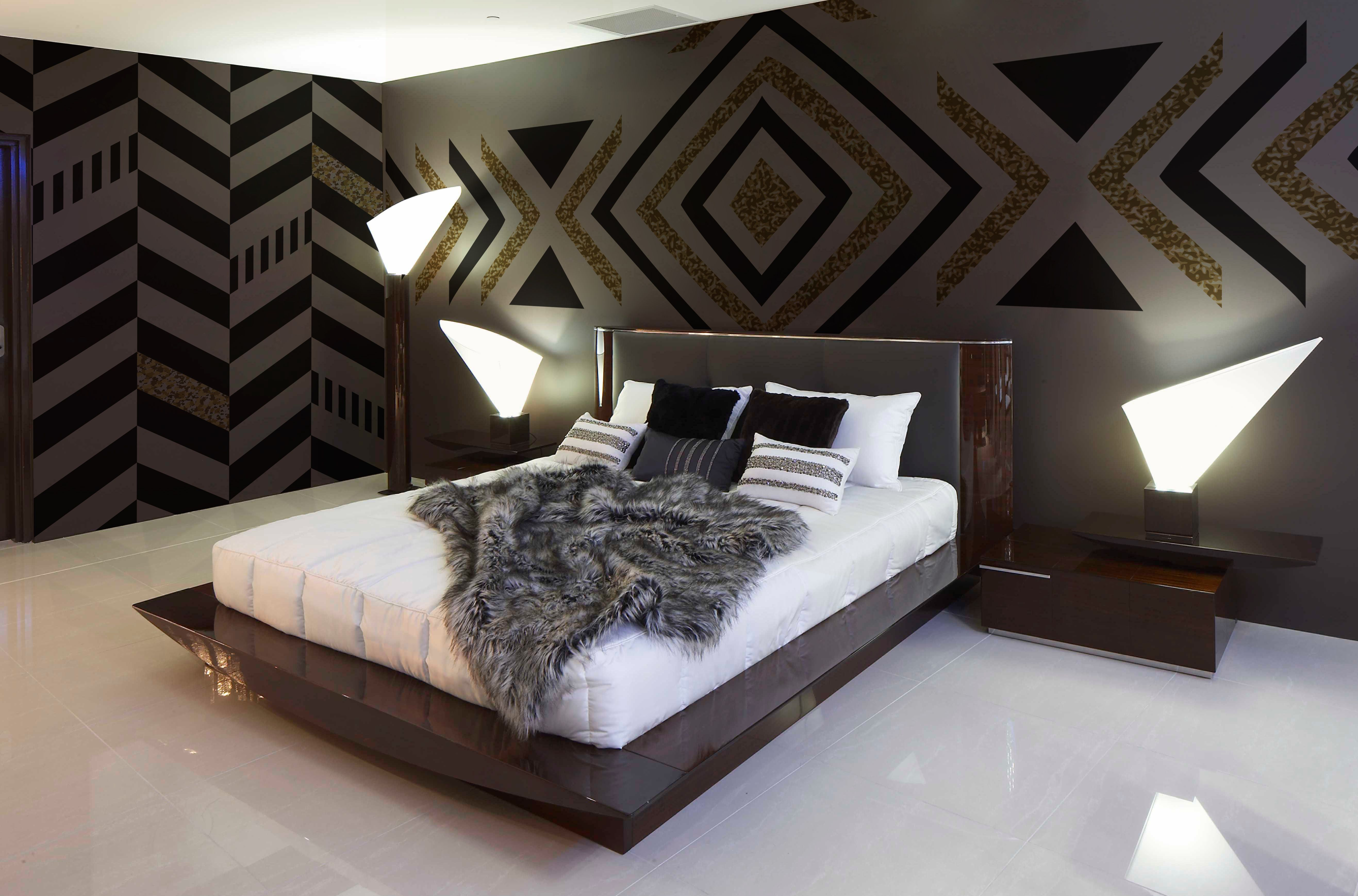 Black And Gold Zig Zag Contemporary Bedroom 365 Day Money Back Guarantee Consulting On The Patte Contemporary Bedroom Contemporary Decor Bedroom Design