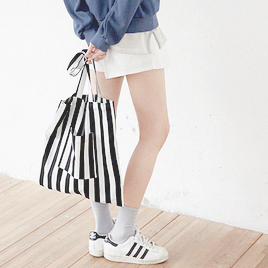 기분이 좋다 shoes-striped bag