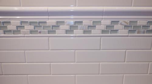 deltaker white glossy subway tile