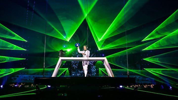 Pin De Luigi Van Endless En Armin Van Buuren En 2019
