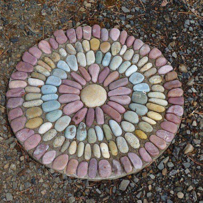 Mosaic Garden Stones: Pebble Mosaic Stepping Stone Garden & Landscape Design