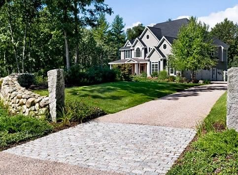 A Quality Pea Gravel Driveway Will Cost Less Than Pavers