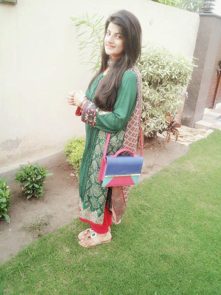 Pakistani sexy girl hd-7961