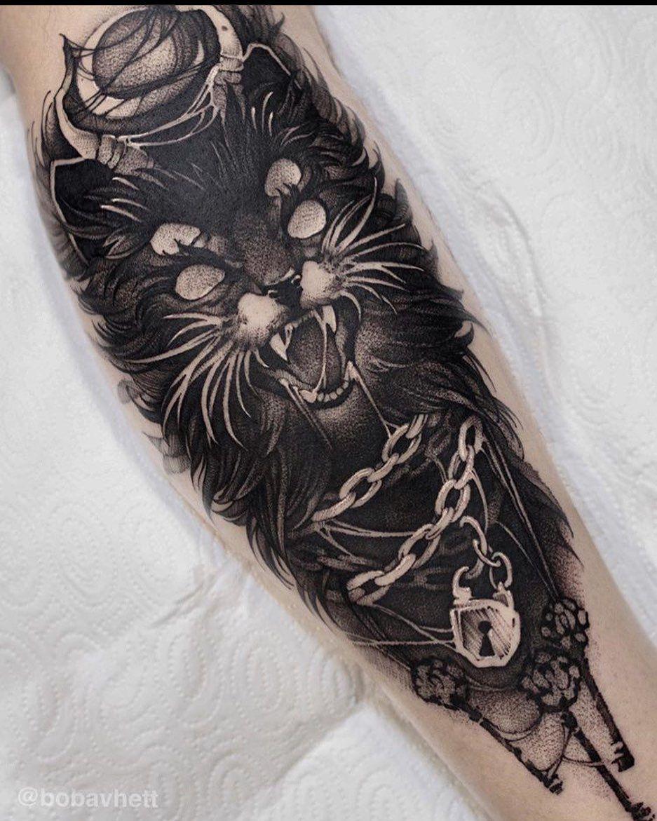 @bobavhett 🖤 #tattoo #tattooart #tattooartist #cat #cattattoo #blackcatsofinstagram #blackcat #darkwork #darkart #darkartists #occult #cattattoo #blackwork #darkandblackart