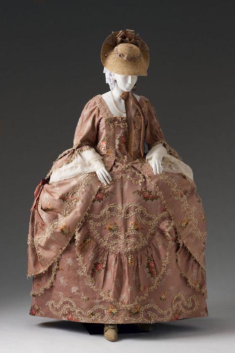 So incredibly beautiful: Robe à la française dressed à la polonaise, circa 1760-80. #Georgian #clothing #dress #fashion #1700s #pink #hat