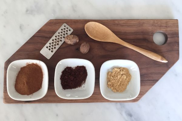 It's quick and easy to make your own pumpkin spice mixture.  Perfect for baking, smoothies and lattes.