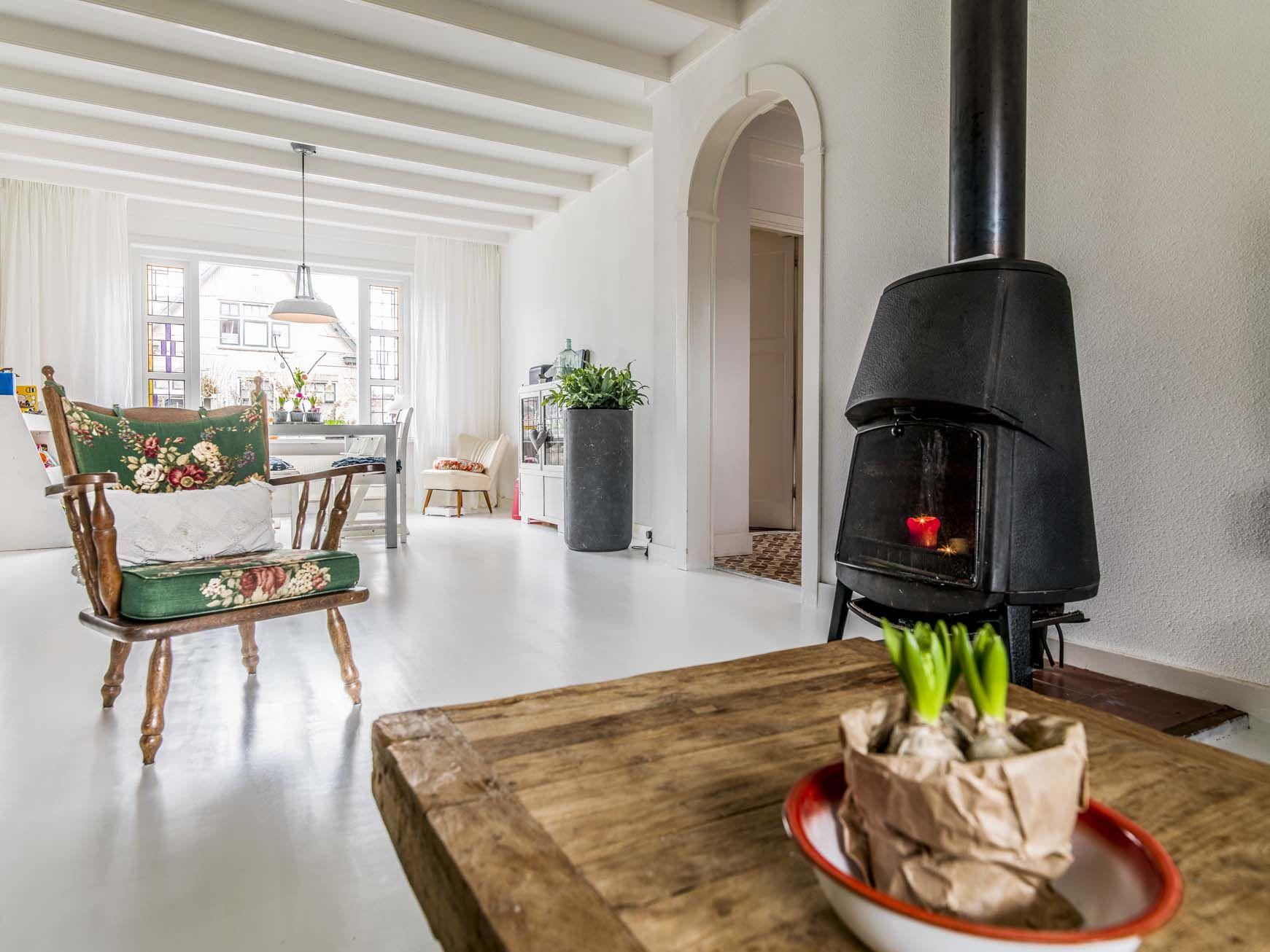 Nieuwe Houten Vloer : Houten vloer dekkend wit met woca floorpaint hoogeveen