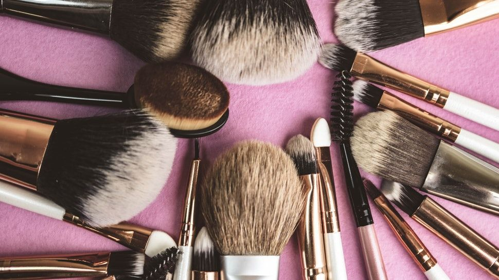 These Are The Best Makeup Brushes, Sponges, & Sets On