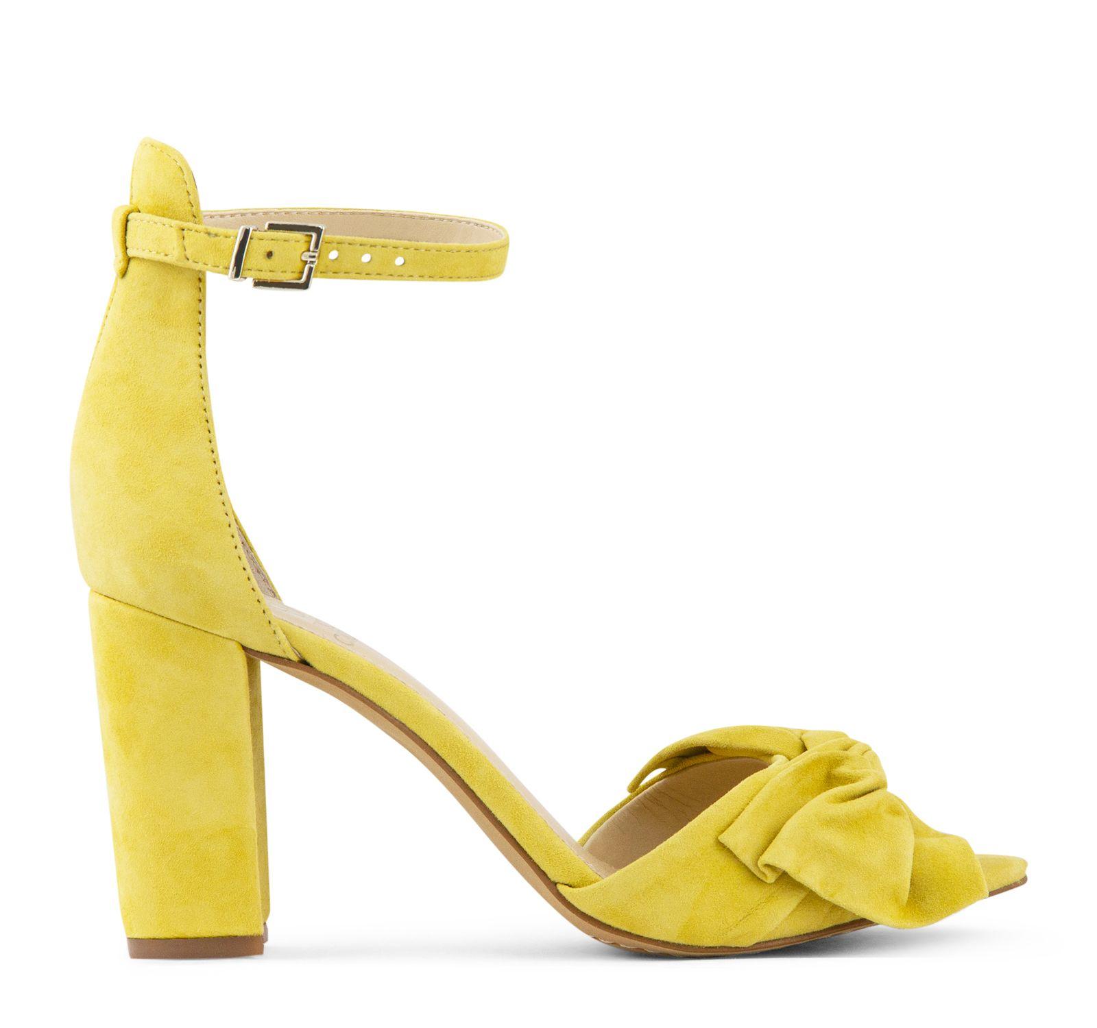 10eac458d9e Vince Camuto Carrelen Bow Sandal in Banana Split Banana Split