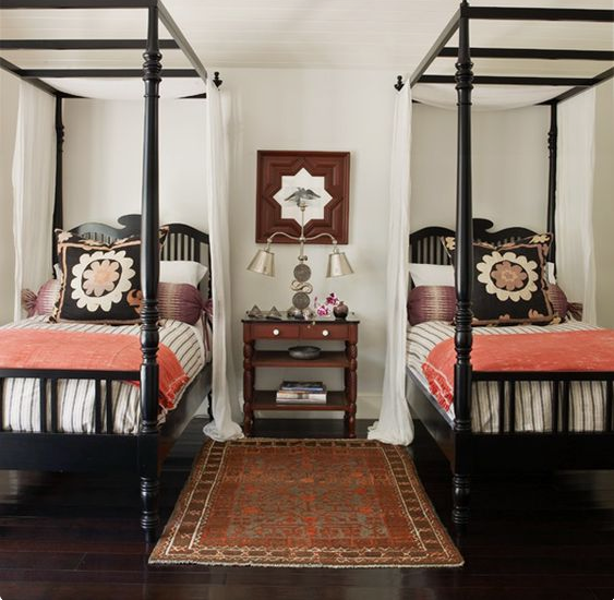 Marvelous Bedroom Inspiration: Four Poster Beds Coral Side Table Lamp Mirror