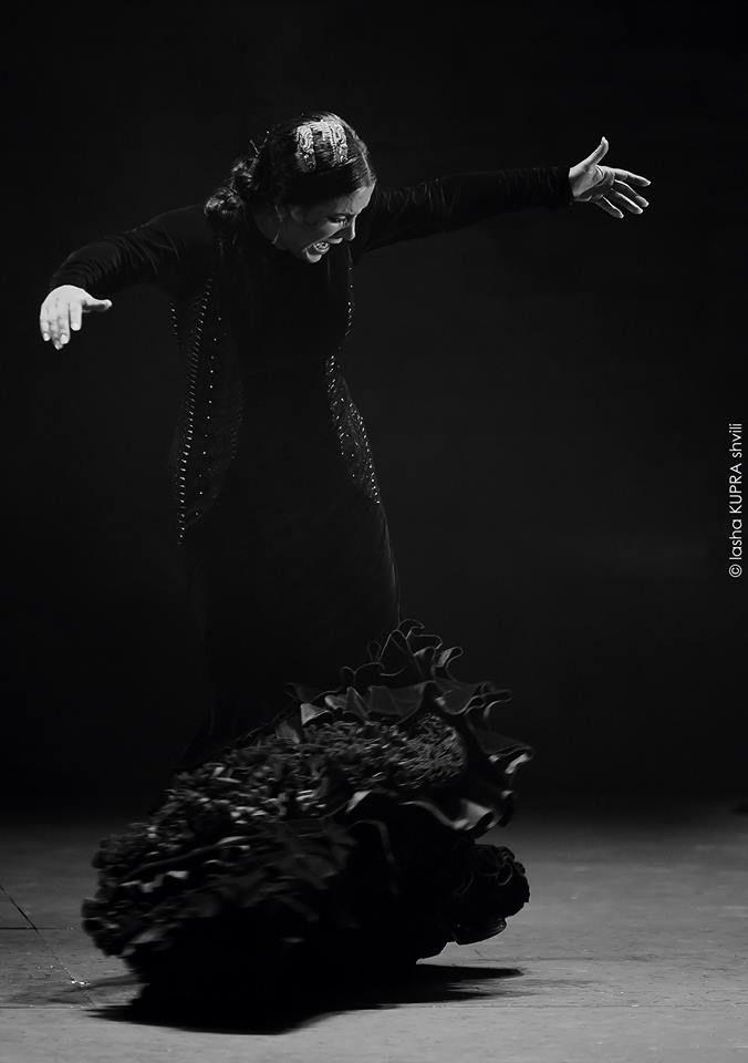 "Eva YERBABUENA ""Lluvia"" TBILISI State Opera and Ballet Theatre"
