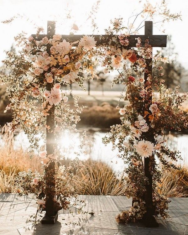 2019 Wedding Trends What's Hot for 2019 is part of Fall wedding arches - tps header] For brides getting married in 2019, the wedding planning fun is just beginning  Planners and vendors are already seeing a crop of new